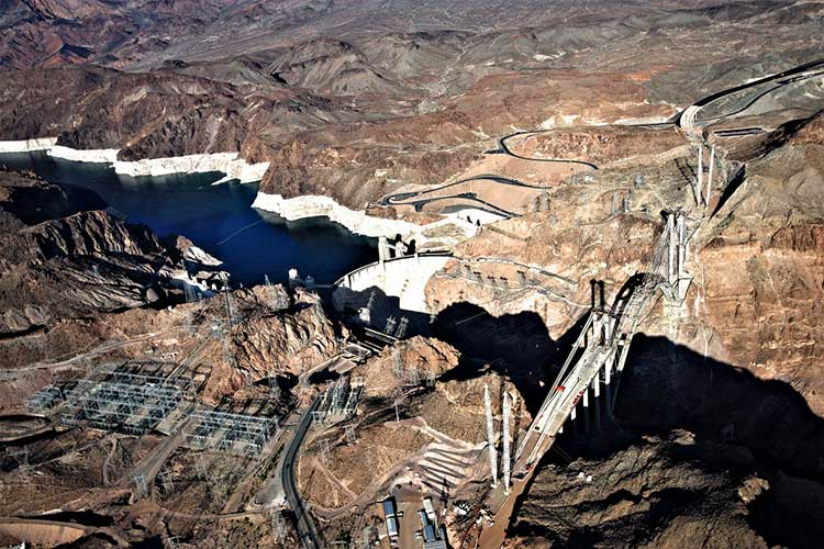 Плотина Гувера в Аризоне